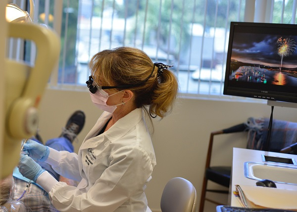 cosmetic dentistry at Encino Cosmetic Dentistry